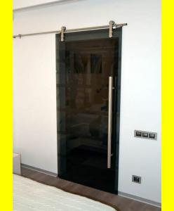 Стеклянные межкомнатные двери 14