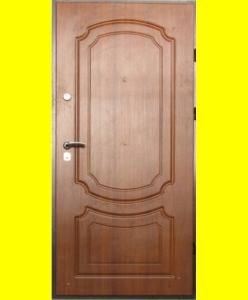 Входные двери VIP Классика светлый орех